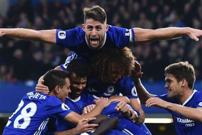 Mourinho's United routed on return to Chelsea