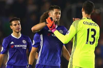 Five-star Chelsea romp to top of Premier League