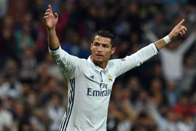 Ferguson backs Ronaldo to win Ballon d'Or