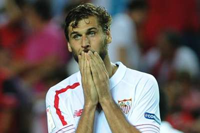 Swansea seal deal for former Spain striker Llorente