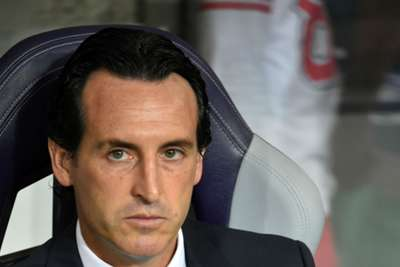 Emery content with PSG display