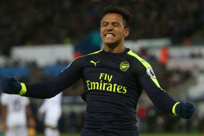 Wenger eases Sanchez concerns after Swansea victory