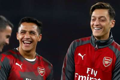 Mertesacker reveals all on Sanchez and Ozil's lack of commitment