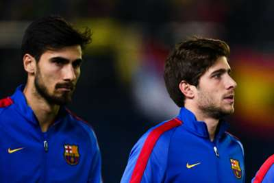 Barcelona left without midfielders Sergi Roberto and Sergi Roberto for a month