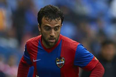 Giuseppe Rossi tears ligaments in left knee, out 6 months
