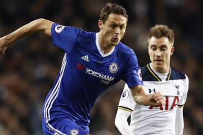 Chelsea pushes through Tottenham to FA Cup final