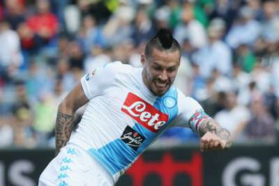 Napoli winger Insigne pens new contract until 2022
