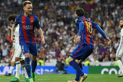 Messi shows who's in charge at 'clasico' against Madrid