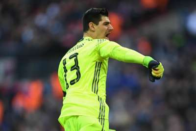 Chelsea keeper Courtois makes demand over new contract
