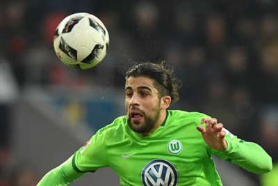 Wolfsburg beat Braunschweig 1-0 to stay in German Bundesliga