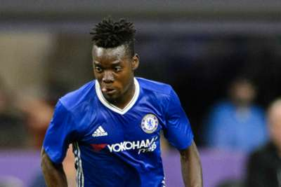 Lyon sign Chelsea forward Traore