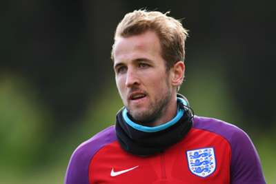 England turn to captain Kane for Scotland clash