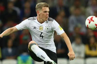 Germany star Ginter leaves Dortmund for Gladbach