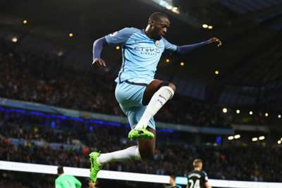Rampant Man City Thump Feyenoord