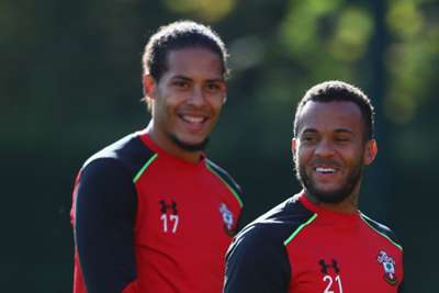 Virgil Van Dijk returns to to training with Southampton teammates