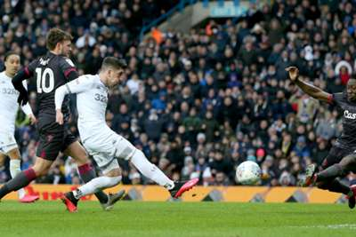 Championship Leeds United Pull Clear Of Chasing Pack