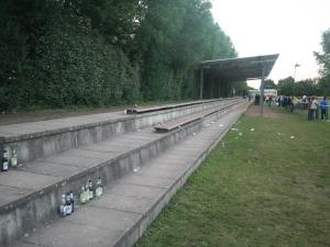 Sportplatz an der Staustufe, Hattersheim