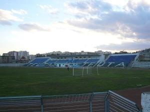 Stadiumi Niko Dovana