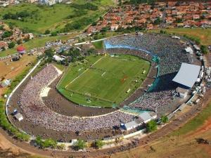 Estádio Paulo Constantino