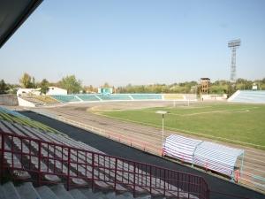Ahmatbek Suyumbayev atyndagy Stadion