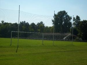 Stadion Pored jezera