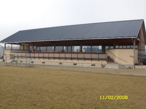 Stade op Biirk, Mensdorf