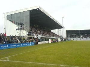 Stadion Schiervelde