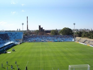 Estadio Julio César Villagra