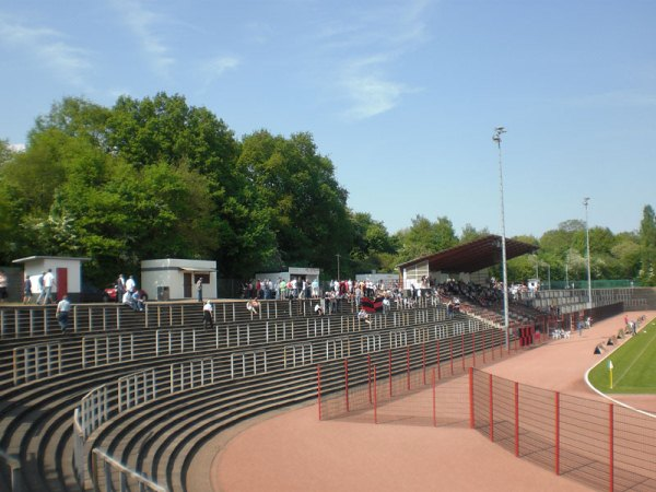 Hermann-Neuberger-Stadion