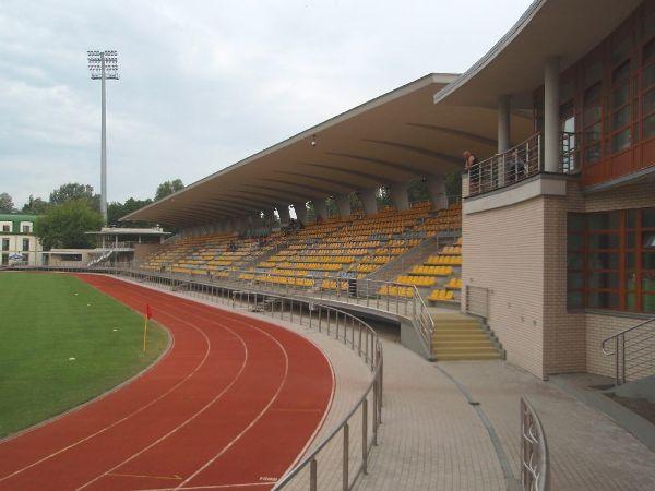 Stadion Znicza (MZOS), Pruszków