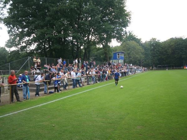 Platz 2 Wildparkstadion, Karlsruhe