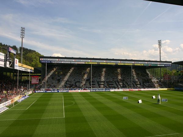 Schwarzwald-Stadion, Freiburg im Breisgau
