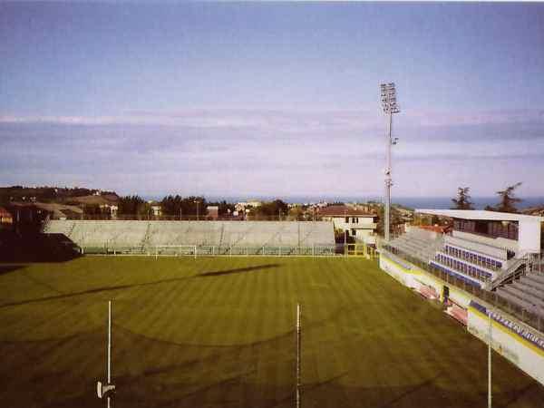 Stadio Bruno Recchioni, Fermo