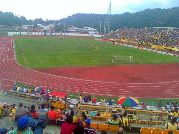Estadio José Alberto Pérez, Valera