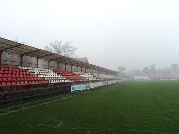 Stadionul Cătălin Hâldan, Brăneşti