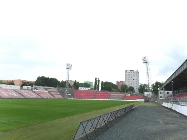 Městský fotbalový stadion Srbská, Brno