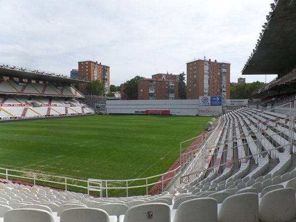 Estadio del Rayo Vallecano (de Vallecas Teresa Rivero), Madrid