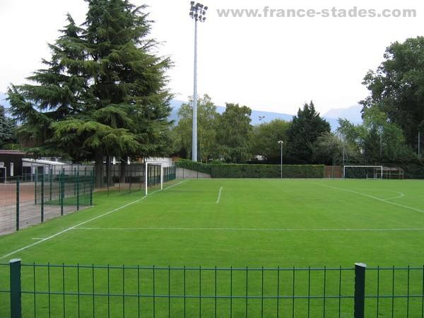 Stade du clos d 39 or soccerway for Piscine clos d or grenoble
