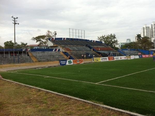 Estadio Prof. Javier Cruz, Ciudad de Panamá