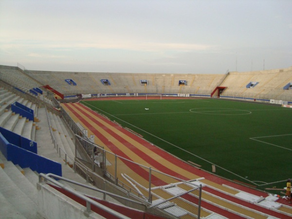 Estadio Centenario Manuel Rivera Sánchez, Chimbote