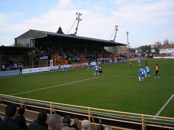 Underhill Stadium, London