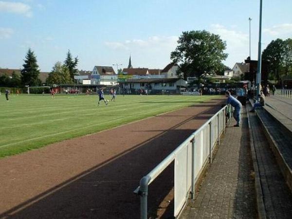 Sportplatz an der Oppenröder Straße, Fernwald