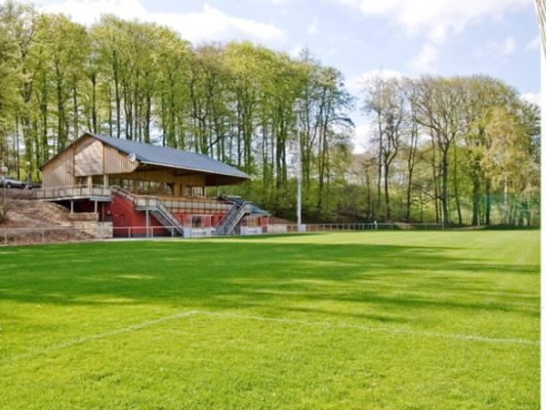 Stade Jos Becker, Hostert