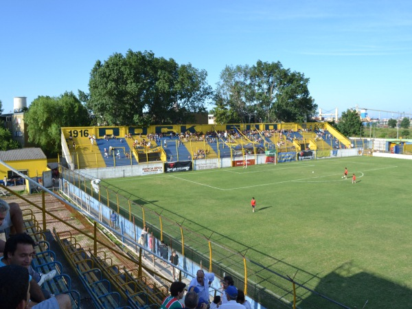 Estadio de los Inmigrantes
