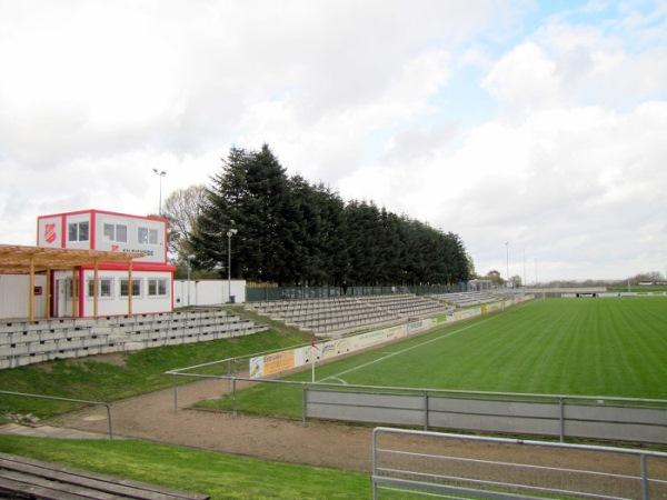 Ernst-Wagener-Stadion, Steinburg