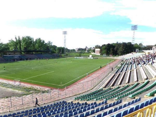 Stadioni Poladi, Rustavi