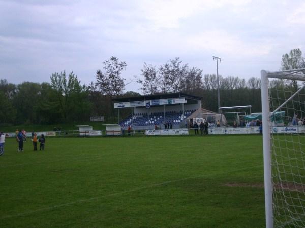 Stadion an der Kirschenallee, Römerberg