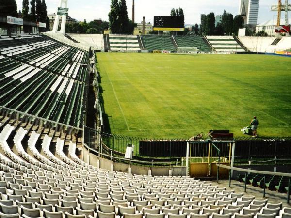Albert Stadion, Budapest