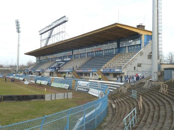 Hidegkuti Nándor Stadion, Budapest