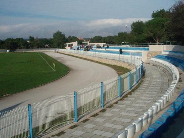 Igralište Cissa-Straško, Novalja